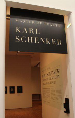 Karl Schenker im Museum Ludwig in Köln