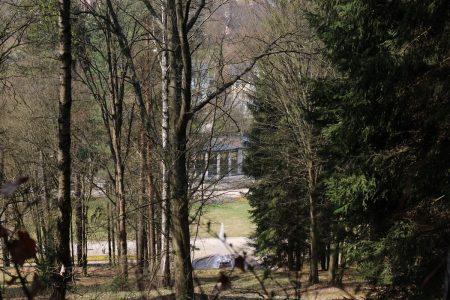 Spaziergang rund um Bad Elster - Blick auf die Wandelhalle und den Goethebrunnen