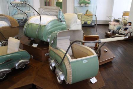 Kinderwagen der 50er Jahre