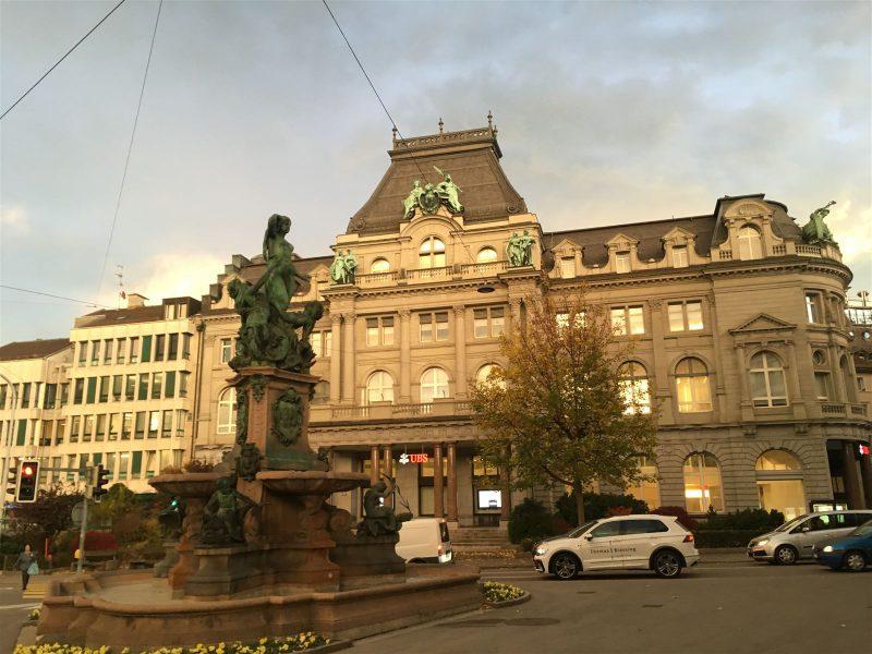 Die alte Stickereibörse in der Textilstadt St. Gallen wurde von den Stickereifirmen gegründet und beheimatet heute die Handelskammer.